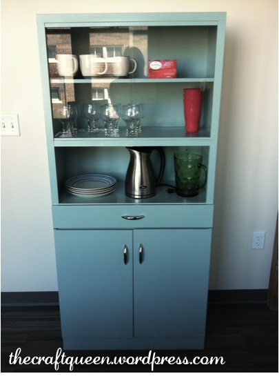 22. Before and After: Vintage Metal Cabinet (3/4)